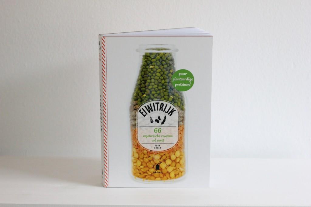 Eiwitrijk kookboek voorkant @ Lauriekoek.nl