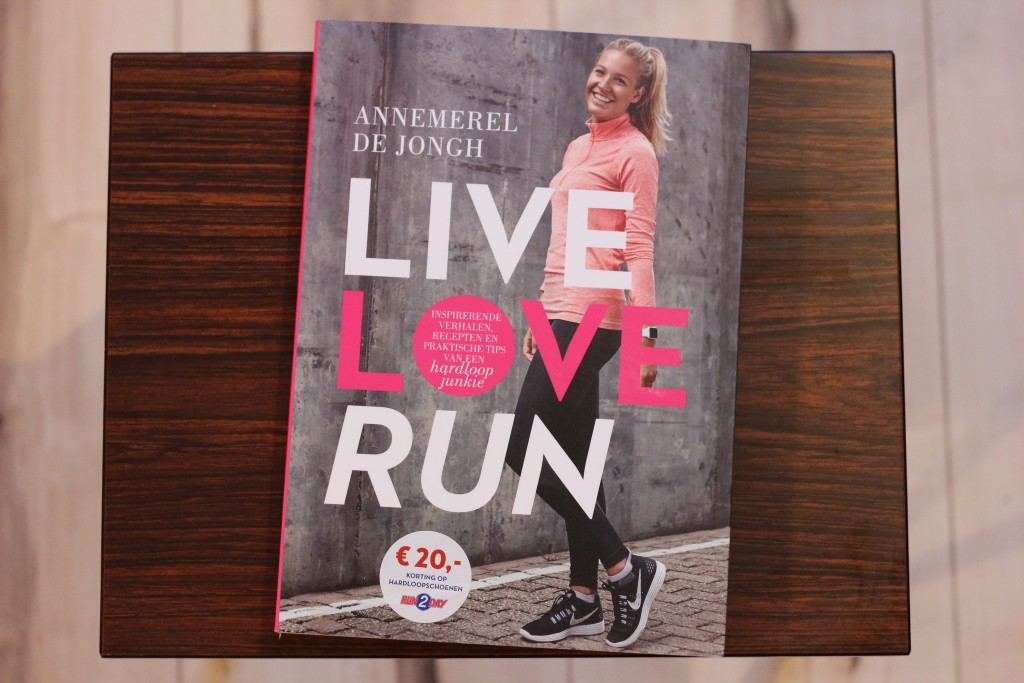 Live Love Run - Boekrecensie @ Lauriekoek.nl