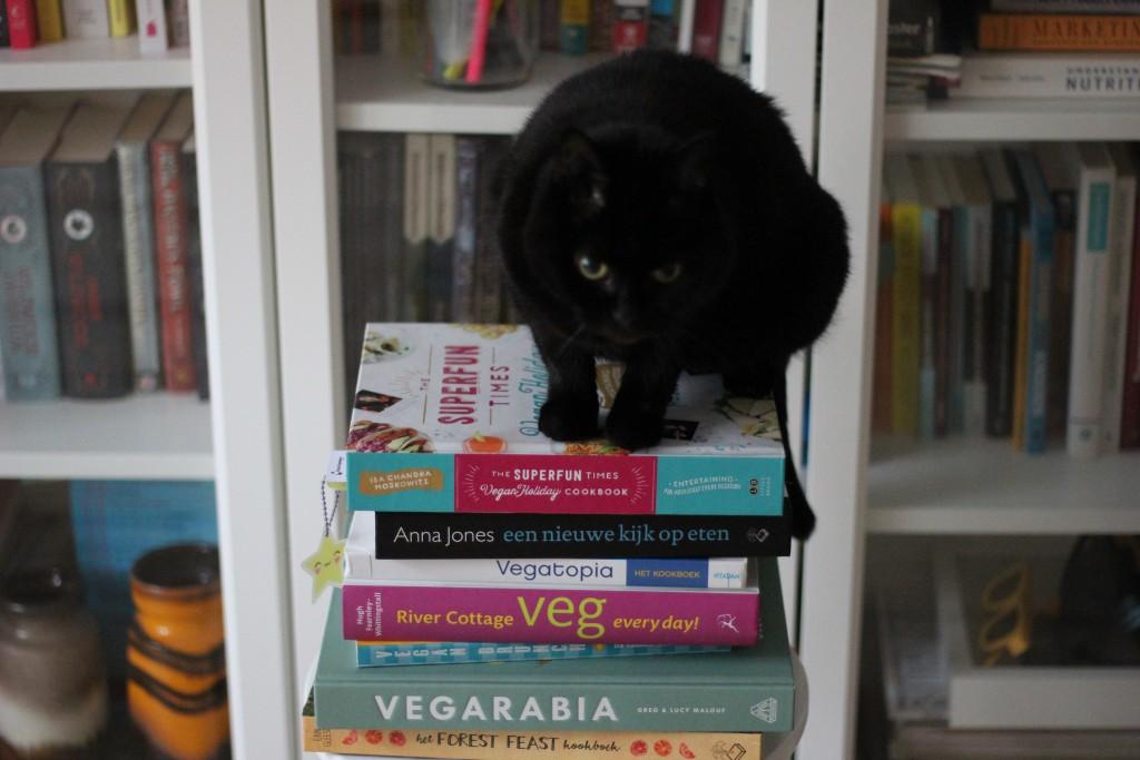 Waar moet je je kookboeken opbergen? @ Lauriekoek.nl