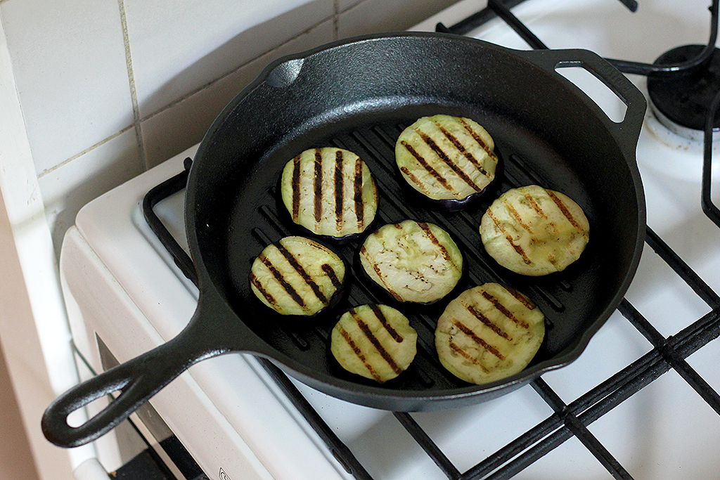 Lodge cast iron pan review @ Lauriekoek.nl