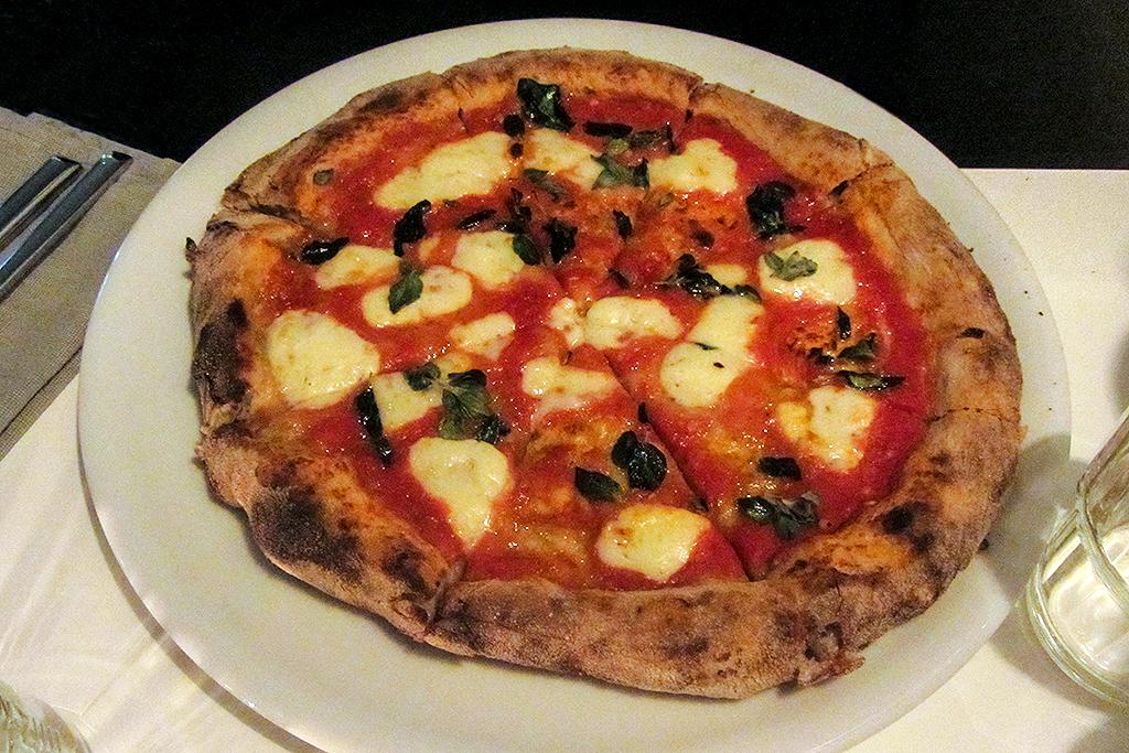 Pizza café DESEM @ Lauriekoek.nl