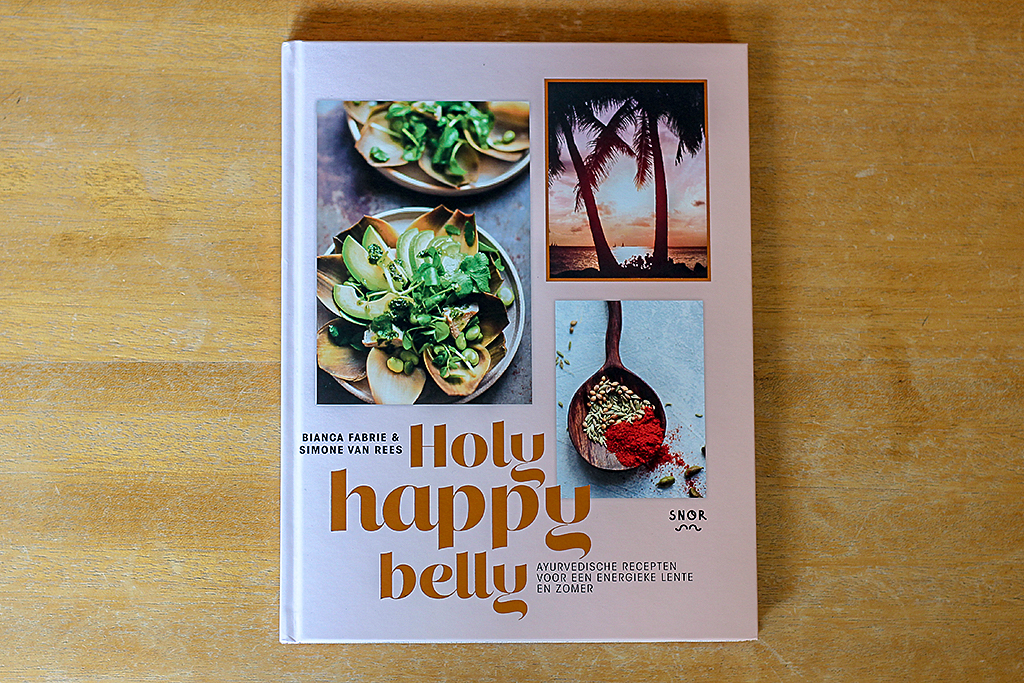 Boekrecensie: Holy Happy Belly @ Lauriekoek.nl