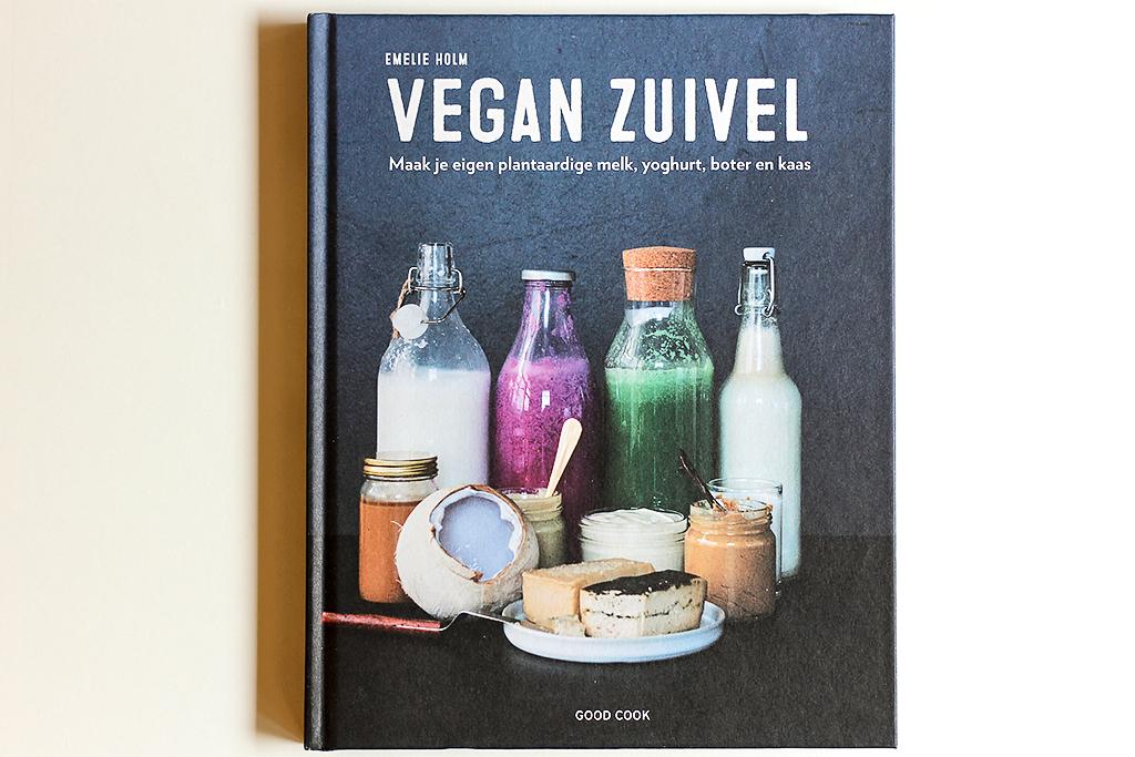 Boekrecensie: Vegan Zuivel @ Lauriekoek.nl