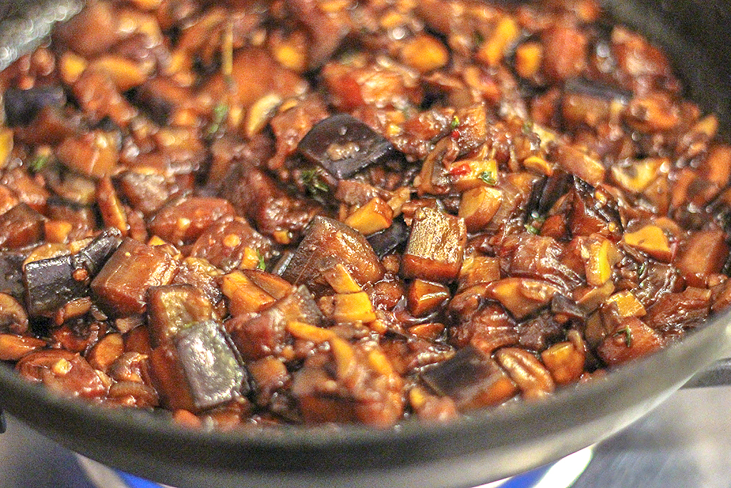 Recept: Bapao's met aubergine- en champignonvulling @ Lauriekoek.nl