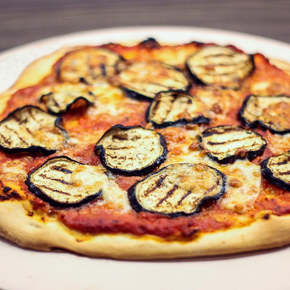 Pizzasteen @ Lauriekoek.nl