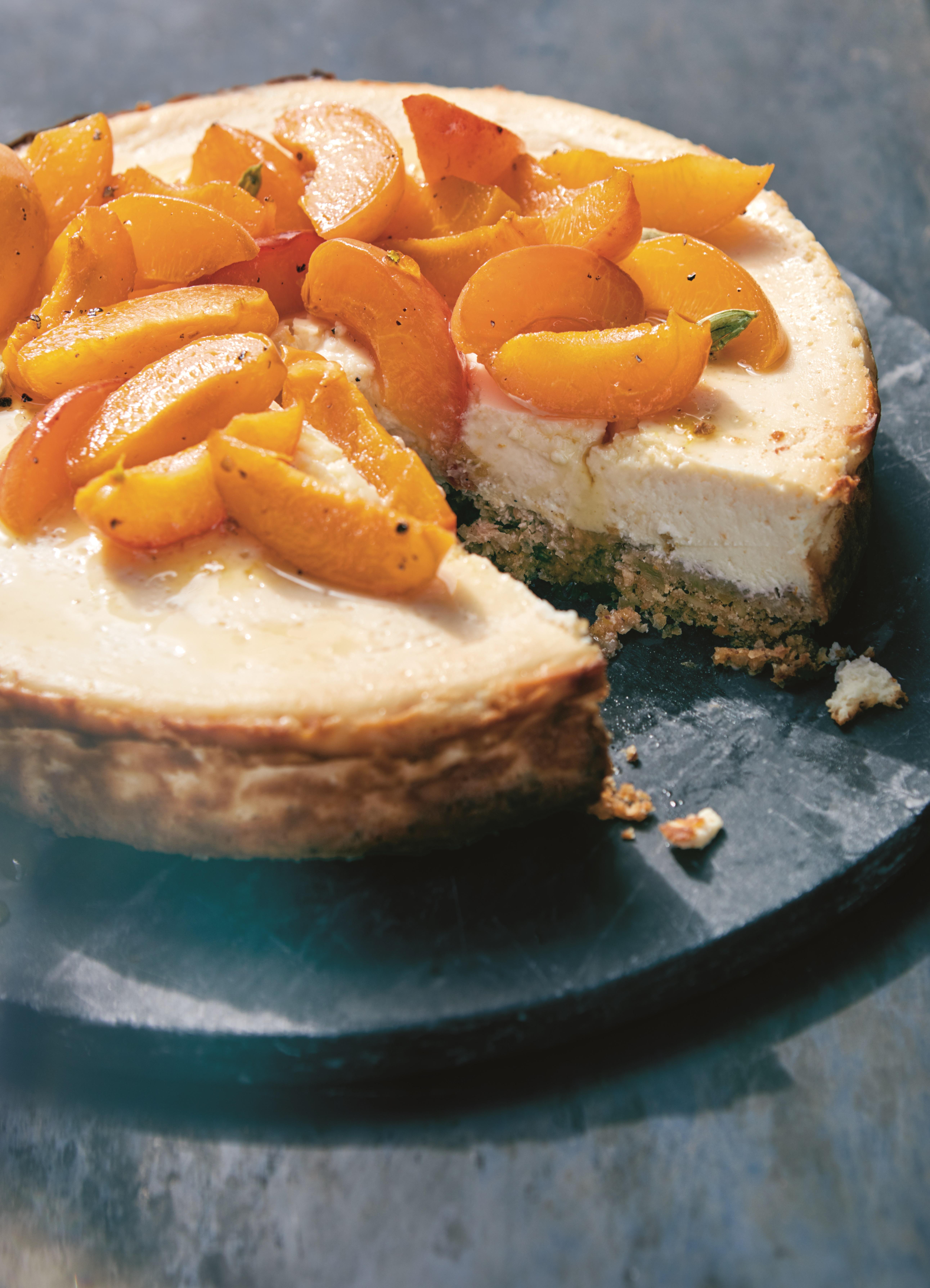 Recept: Labneh-kwarttaart met geroosterde abrikozen @ Lauriekoek.nl