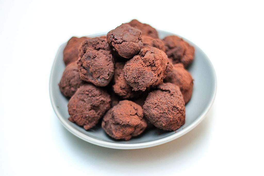 Recept: pure chocoladetruffels @ Lauriekoek.nl