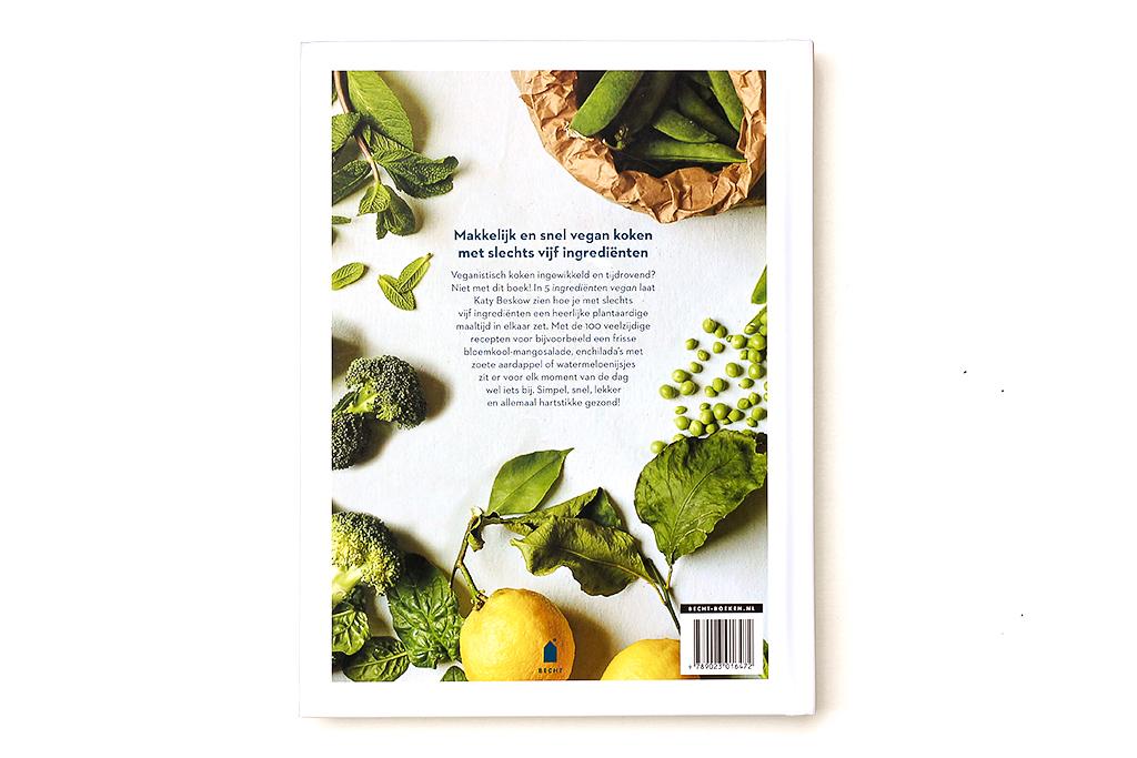 Boekrecensie: 5 Ingrediënten Vegan @ Lauriekoek.nl