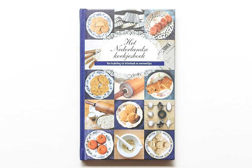 Boekrecensie: Het Nederlandse koekjesboek @ Lauriekoek.nl